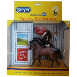 Breyer: Set De 2 Chevaux + Poulain Surprise